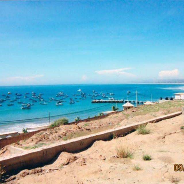 Propiedad / Terreno en venta en Máncora con una increíble vista al mar.