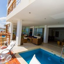 A new beach Apartment on Pocitas Beach: Maui 1er Piso