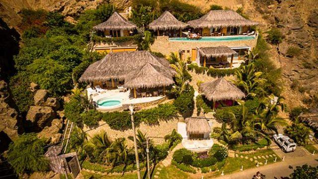 Villa Adhistana
