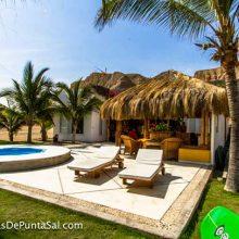 Se Vende Casa de Playa en Condominio Punta Sal
