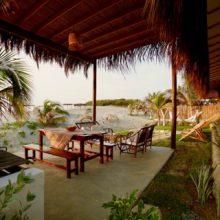 Casa Amatista, frente al mar en playa Los Órganos