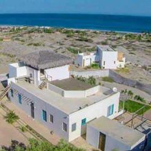Casa de Irlandes at Vichayito with an spectacular view