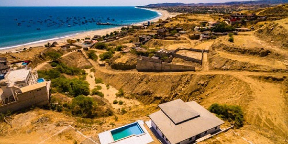 Condominio Mirador del Mar en Los Órganos, venta de casas con club house