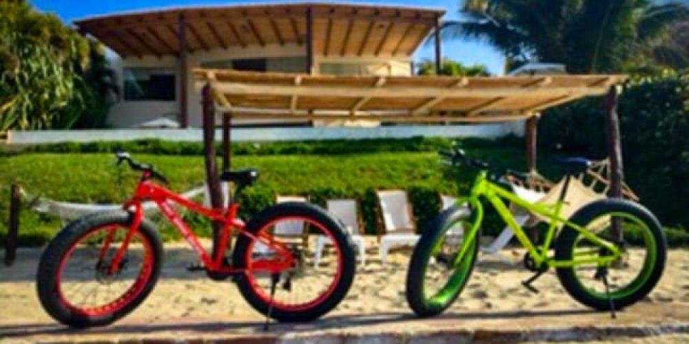 Kayas y Bicicletas para la arena en Casablanca Beach Front