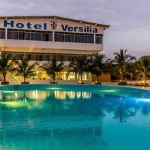 Hotel Versilia en Bocapán, Playa Zorritos.