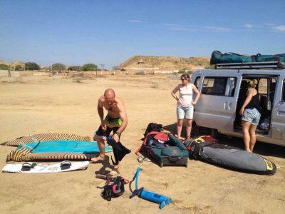 Kitesurfers con Safari Olas