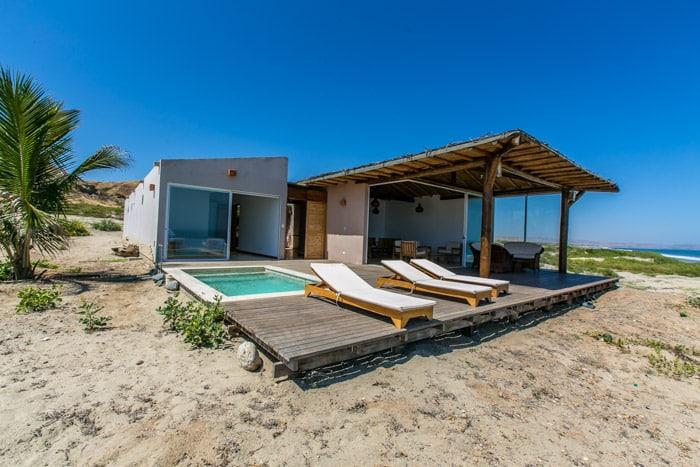 Buscando una buena casa en una playa desierta casa brava for Parrillas para casa de playa